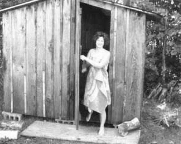A DIY Sauna Project on the Cheap - DIY - MOTHER EARTH NEWS http://www.motherearthnews.com/do-it-yourself/build-diy-sauna-zmaz78mazjma.aspx