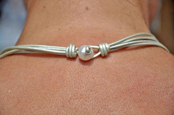 Cuero collar perlas y cuero collar Christine Chandler 5
