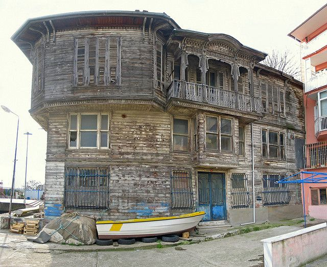 Sahildeki Ev (The Mansion by The Shore), Sariyer, Istanbul | Flickr - Photo…
