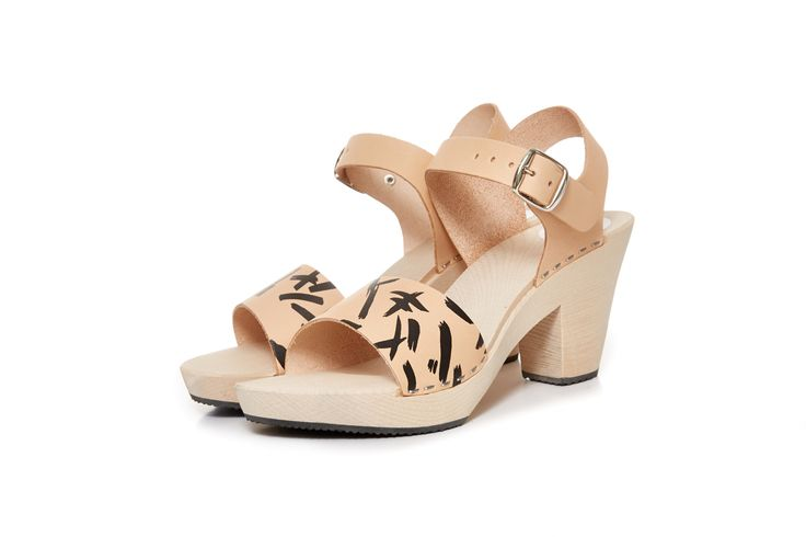 http://shop.terhipolkki.com/product/rose-high-clog-print-tan