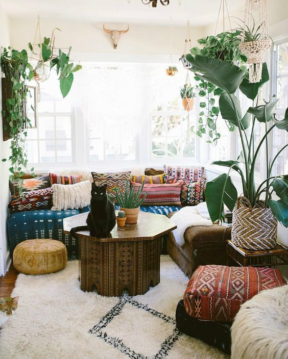 10 Ways To Give Your Living Room A Bohemian Vibe