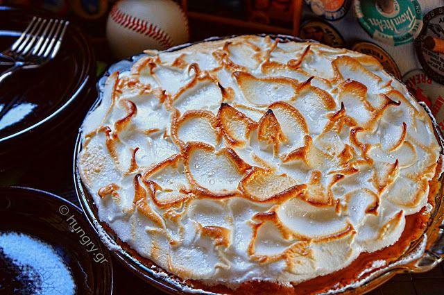 Kitchen Stori.es: Lemon Pie με Μαρέγκα