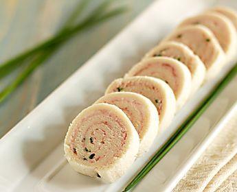 Girelle al prosciutto e robiola con il pane per tramezzini