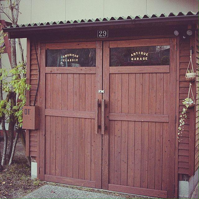 男性で、の小屋/蚤の市の戦利品/アンティーク/セルフビルド/ガレージ/DIY…などについてのインテリア実例を紹介。「やっとみっけて買ったハウスホーローナンバープレートをドアの上に付けました(^O^)/」(この写真は 2016-04-09 21:12:40 に共有されました)
