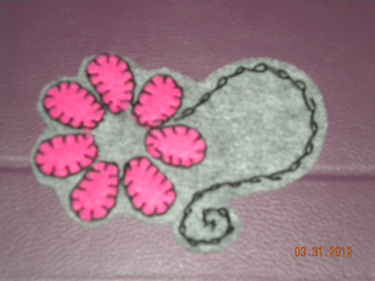 Flower patch for shirt, jeans, skirt or will make a head band! Needs a center but I love it!