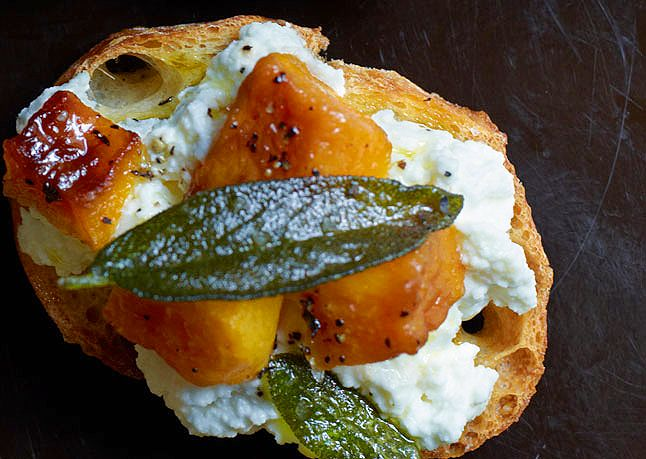 squash-ricotta-and-sage-crostini