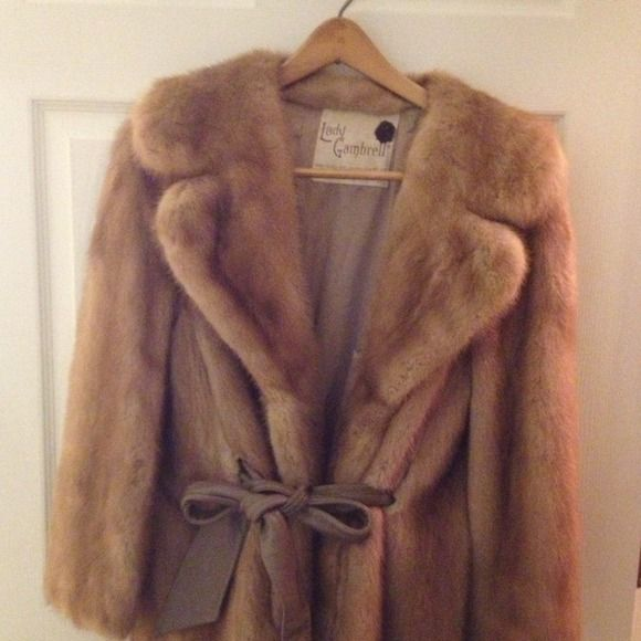 Autumn Haze Mink Stroller For Sale!!! Beautiful Autumn Haze Vintage Mink for sale. This beautiful work of art is a rare find. Bring classy back and stay warm this winter. Jackets & Coats