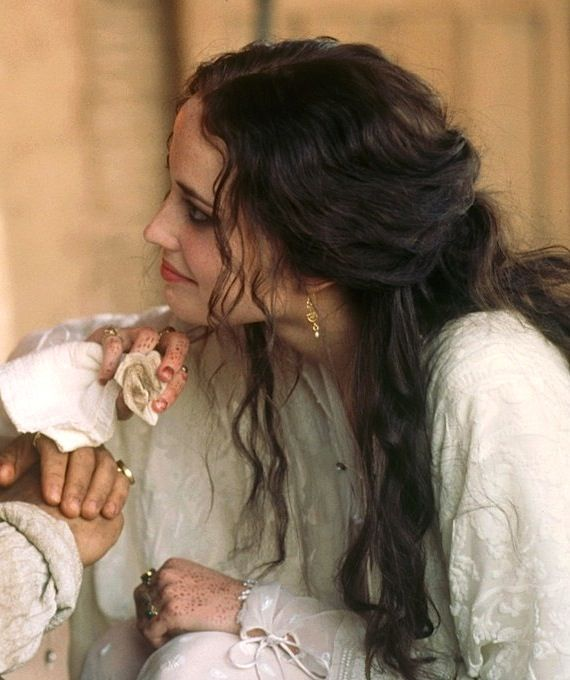 "mademoisellelapiquante: "" Eva Green as Sibylla in Kingdom of Heaven - 2005 """