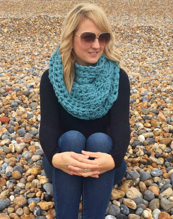 The Hampshire // Chunky Crochet Teal Cowl - Teal Crochet Loop Scarf - Chunky Blue Crochet Scarf - Large Turquoise Crochet Scarf - Christmas by CharcoalBeach on Etsy https://www.etsy.com/listing/254678529/the-hampshire-chunky-crochet-teal-cowl