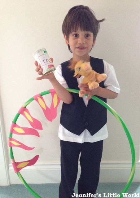 How to make a simple lion tamer costume for a child, perfect for Circus themed days at school