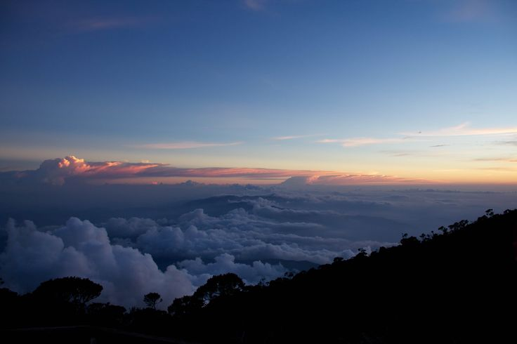 Sunset at 4101 meters, right before our bed time. This is as good as a view as it gets