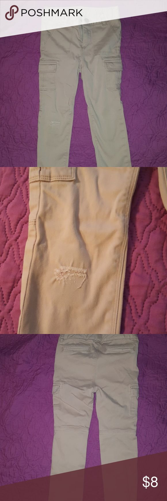 Girls 5t khaki jegging Gap khaki jeggings, size 5t  Has some wear in the knee, I put a pink patch underneath, priced as accordingly GAP Bottoms Leggings