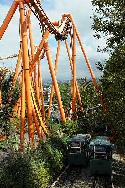Tatsu, easily the best flying coaster in the world (you lie in prone position like Superman), seen here towering over Six Flags Magic Mountain