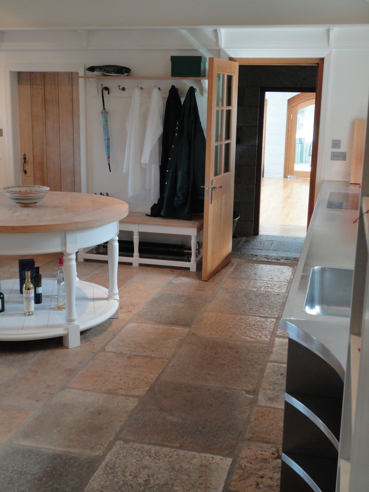 A secondary kitchen with #bespoke circular table & bench