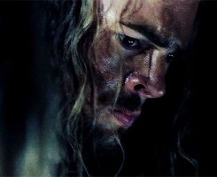 I love how Éomer and Éowyn speak with only their eyes in this scene...