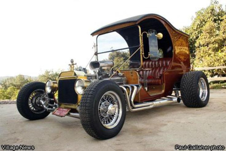 Vic Loh's 1912 Ford C Cab Pie Delivery Wagon on Saturday,