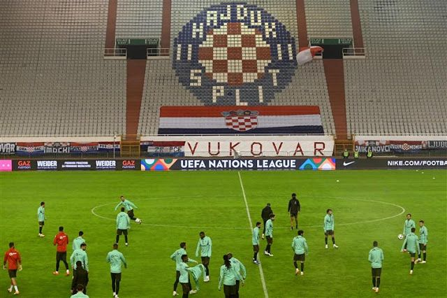 Selecao Nacional De Futebol Croacia 2 Vs Portugal 3 A Selecao Nacional Venceu Esta Terca Feira A Equipa Da Croacia Que Jogou Em Casa Na Despedida Da Segu Croacia Futebol Desporto