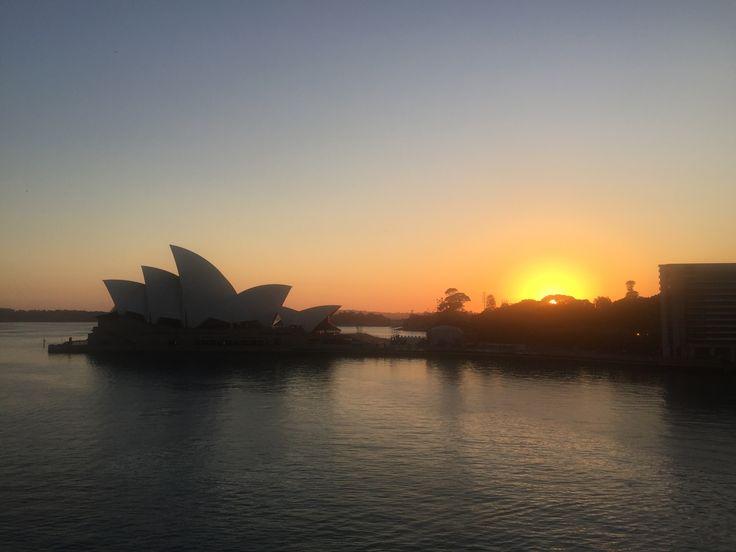 Sydney Sunrise November 2016 (photo Victor Perton)