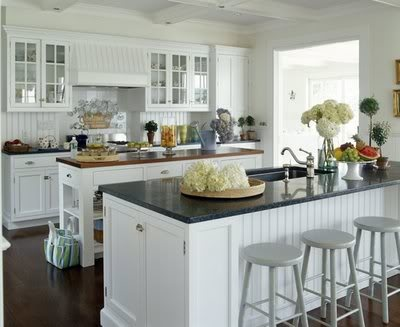 white cabinets and charcoal grey ceasarstone
