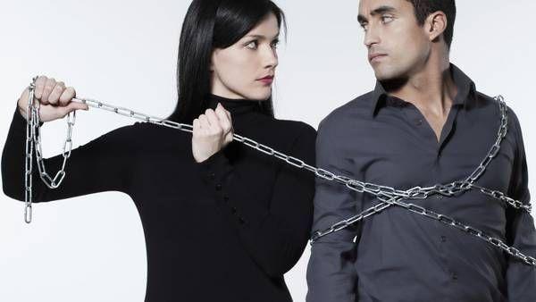 Los celos enfermizos o patológicos amenazan con destruir no solo las relaciones de pareja y familias, sino a quienes rodean a la persona afectada.