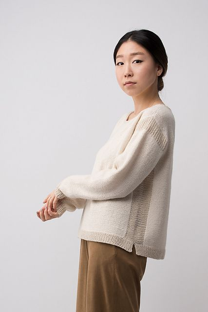 Symmetrical ribbing in Cima and Pebble defines the shape, while Baby Alpaca lends the body softness and ease. Unexpected vent details balance and add a fresh touch to Trace.