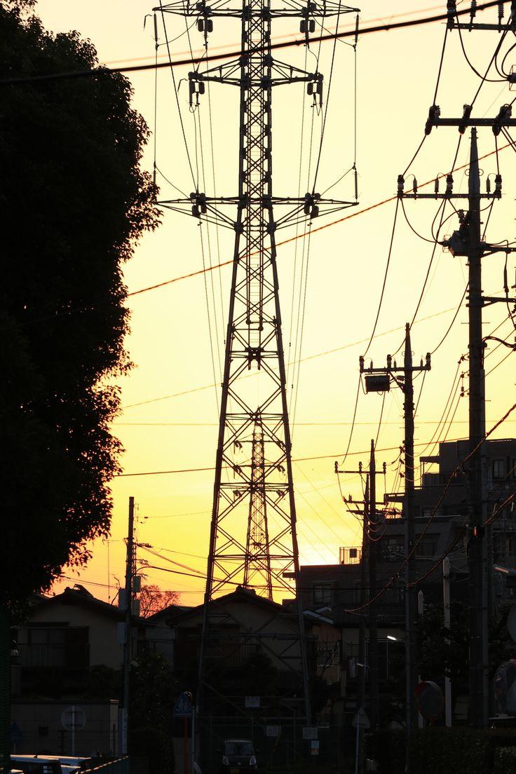 朝焼けの鉄塔