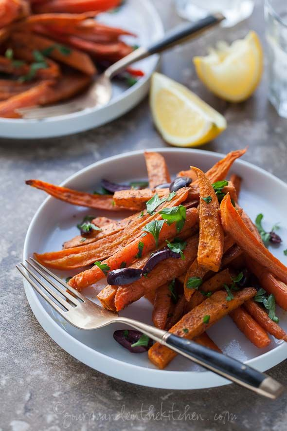 Moroccan Spiced Roasted Sweet Potatoes and Carrots by gourmandeinthekitchen #Carrot s#Sweet_Potatoes #Moroccan