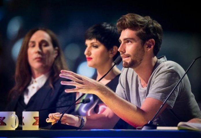 X Factor 10 Le Categorie - Under Donne a Fedez, Band e Gruppi ad Alvaro Soler, Under Uomini ad Arisa e gli Over a Manuel Agnelli.