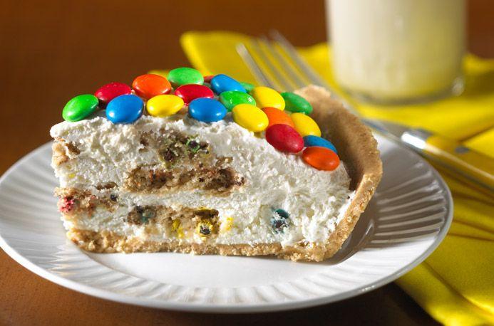 Rainbow Cookie Pie ~ Easy!Yummy Desserts, Pies Crusts, Pies Recipe, Sweets, Chips Pies, Cookies Pies, Food, Rainbows Cookies, Ice Cream