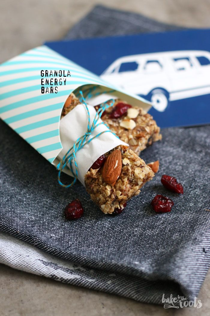 "Your energy levels are low? No problem, I got something for you! Homemade Granola Energy Bars are the perfect little snack to boost your energy! Try it for yourself! On the collaborative board ""Food Bloggers for Volkswagen"" (https://de.pinterest.com/volkswagen/food-bloggers-for-volkswagen) you can find my recipe for these granola energy bars and many more inspiring ideas and recipes."