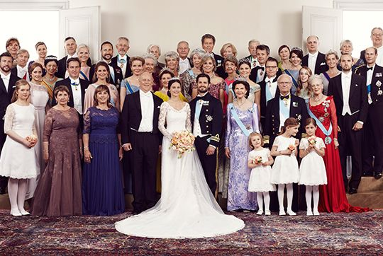 kungahuset.se: Group Wedding Photo, June 13, 2015-Tiara Larrson, bride's aunt, Marie and Erik Hellqvist, Bride and Groom, Q Silvia, Pr Estelle, K Carl Gustaf, Anaïs and Chloé Sommerlath,  Margrethe; Sara H; Chris O, Cr Pr Mette-Marit, Pr Madeleine, Q Mathilde, P Cristina, Q Sonja, Pr Birgitta, Pr Margretha, Queen Maxima, Pr Desirée, Cr Pr Victoria, Cr Pr Frederik, Pr Daniel, Cr Pr Mary, Lina H, Countess and Earl of Wessex