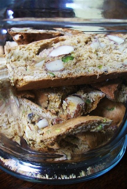 Quirky Cooking: Spelt, Almond & Pistachio Cantucci
