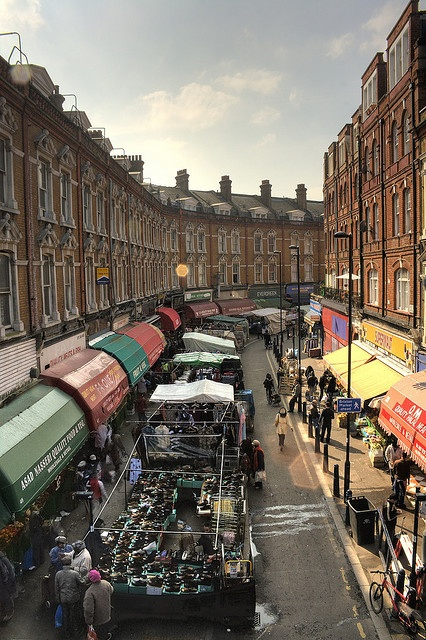 Brixton Market, South London, just 5 min from @Jellybooks Sounds like a nice place to visit in London.