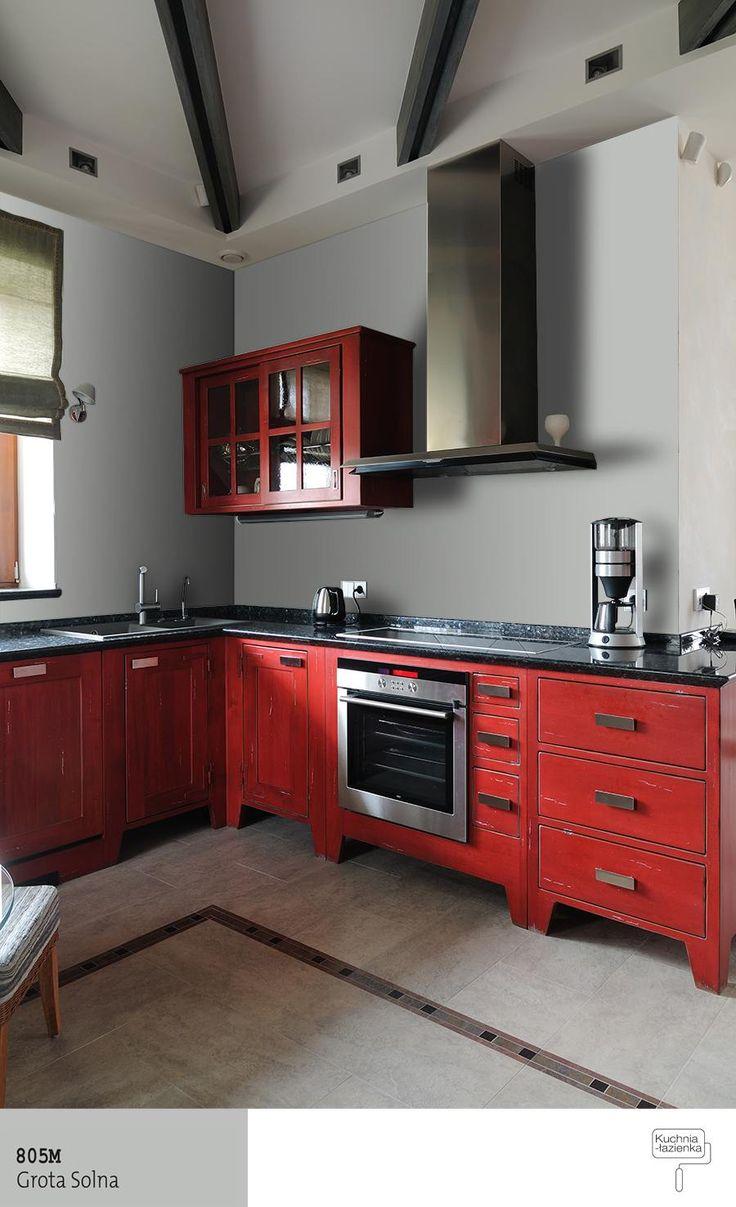 Czerwone meble wkuchni +szarości na ścianach
