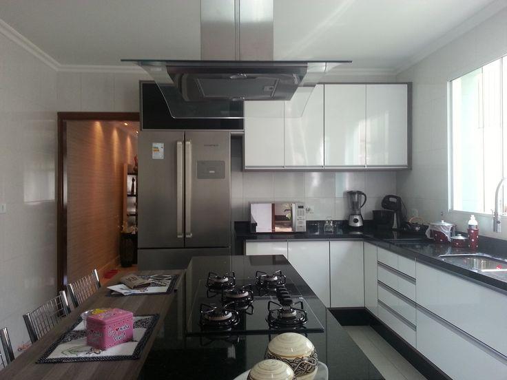 Confira algumas dicas para ter uma cozinha gourmet perfeita para a sua casa. Alguns cuidados simples podem fazer toda diferença.