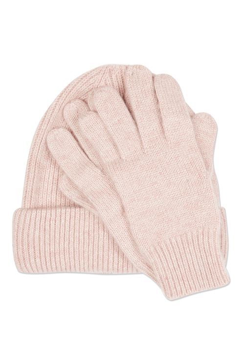 Keep warm the luxe way in this pale pink cashmere beanie and glove set – a perfect gift idea. #Topshop