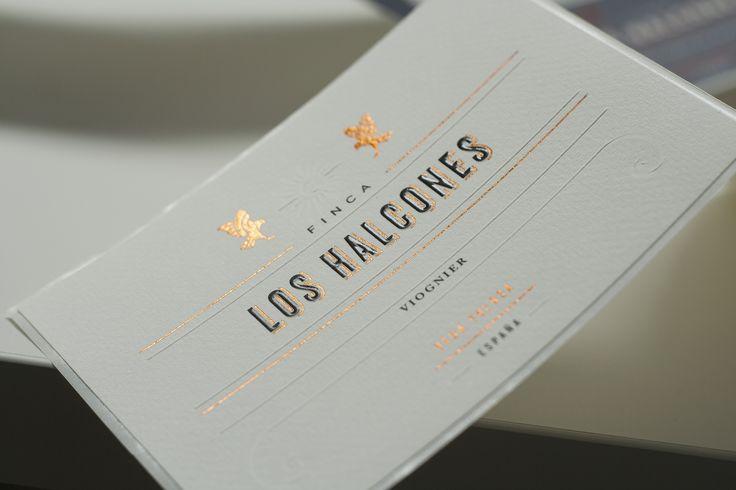 diseño de etiqueta de vino Premium Finca Los Halcones