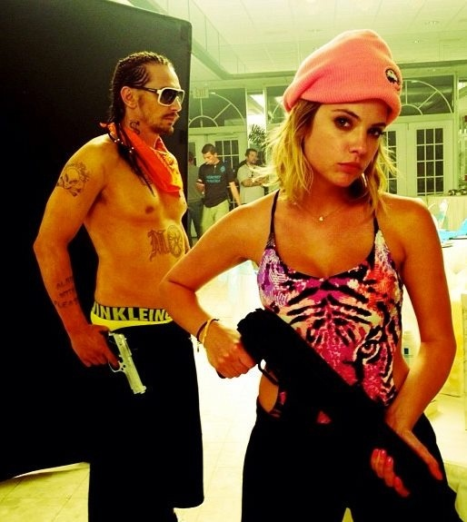 spring breakers 90s movies and pin it on pinterest