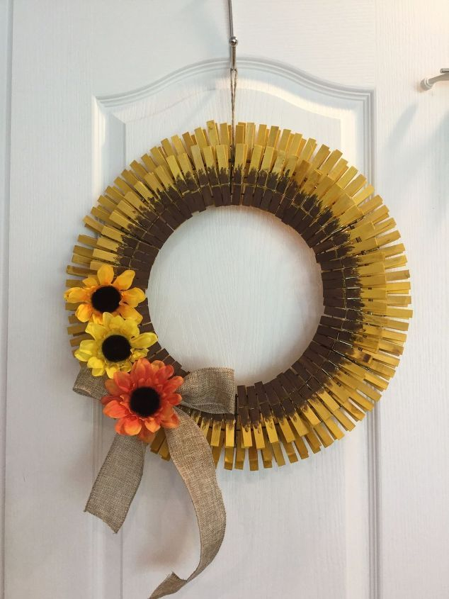 Check out the tutorial on this super cute DIY for your door!