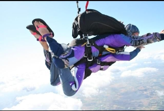 @sophdevlin @VirginBalloons @lunguk my charity skydive from Headcorn #floating #BreathTakingMoment @RMHC