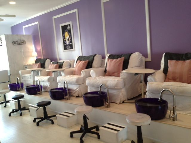 Idea for pedicure stations using noel asmar pedicure bowls for Salon de pedicure