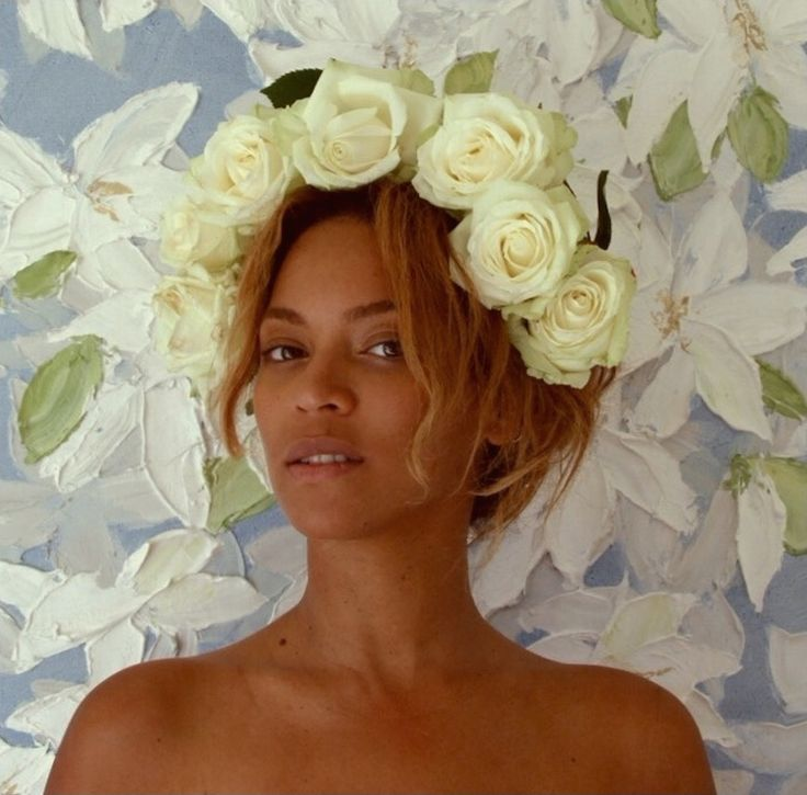 Little or no makeup yoncé is ***Flawless !