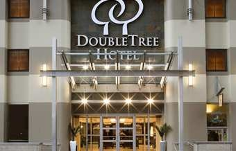 DoubleTree Pittsburgh, great service, beautiful rooms.  Close to everything in downtown: CONSOL energy center