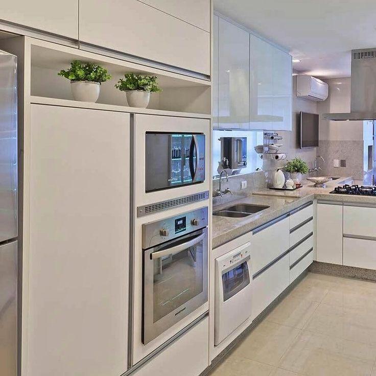 38 best Holzküchen images on Pinterest | Kitchen, Kitchen designs ... | {Echtholzküchen hersteller 23}