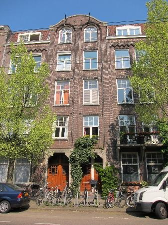 The Collector B & B in Amsterdam is near all the major museums and the Vondelpark.  A great base for your trip!