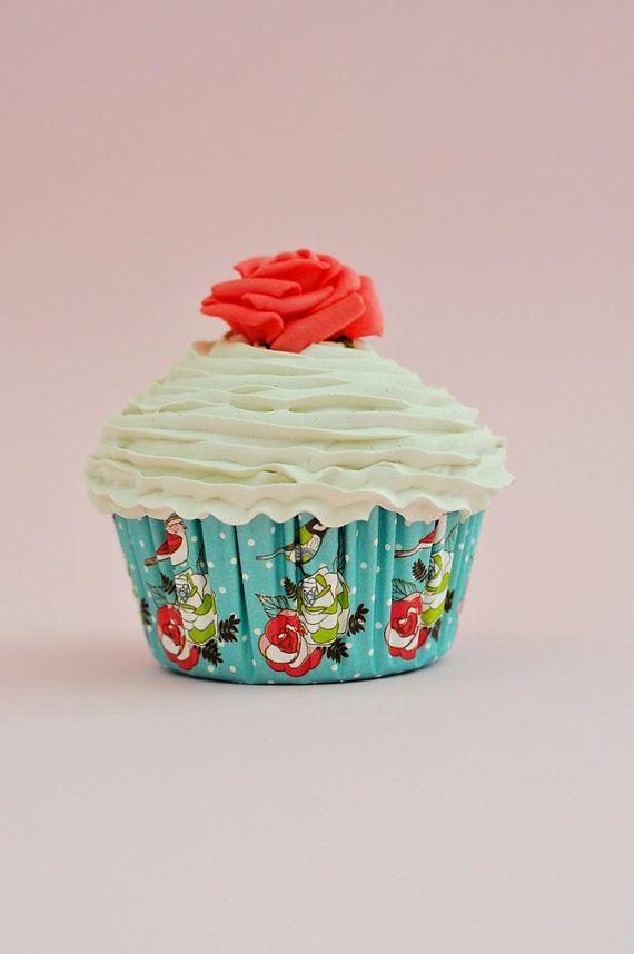 Shabby Chic cupcake faux pour favor de douche nuptiale par shimrita