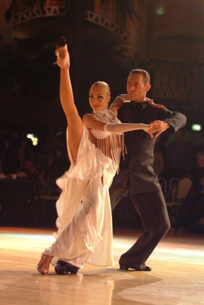 STUNNING BALLROOM DANCING ballroom dance lessons,