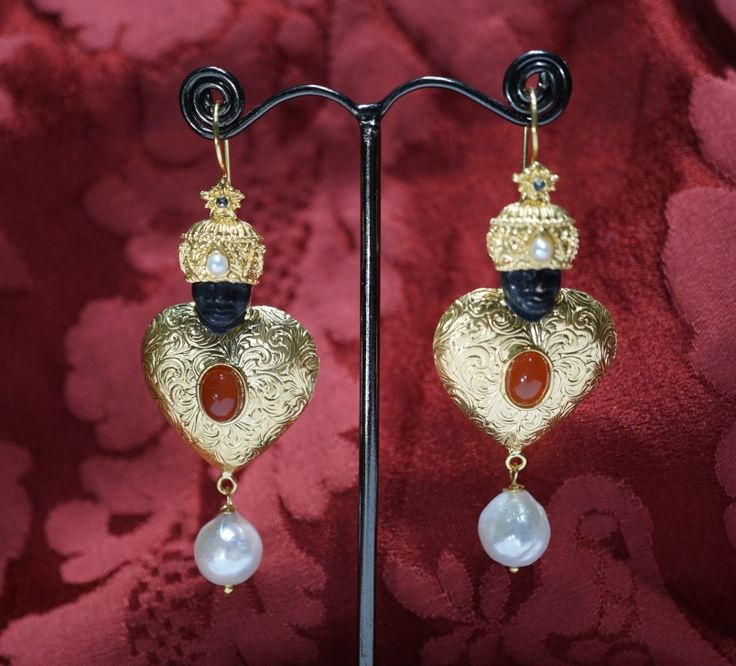 Blackamoor earrings economic series 2017 silver gold plating anc baroque pearls, carnelian cabochon on www.gioiellivenezia.com  euros 330,00