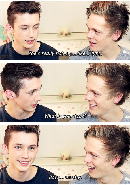 Caspar then looks at the screen with the biggest grin in the world... Love this video