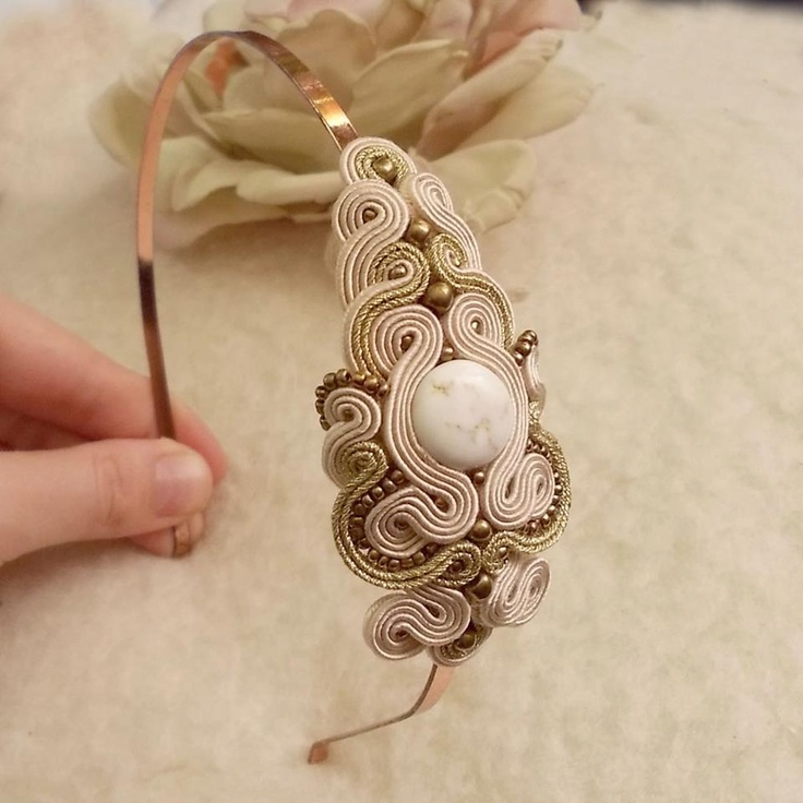 love this idea for a headband -- hair jewelry